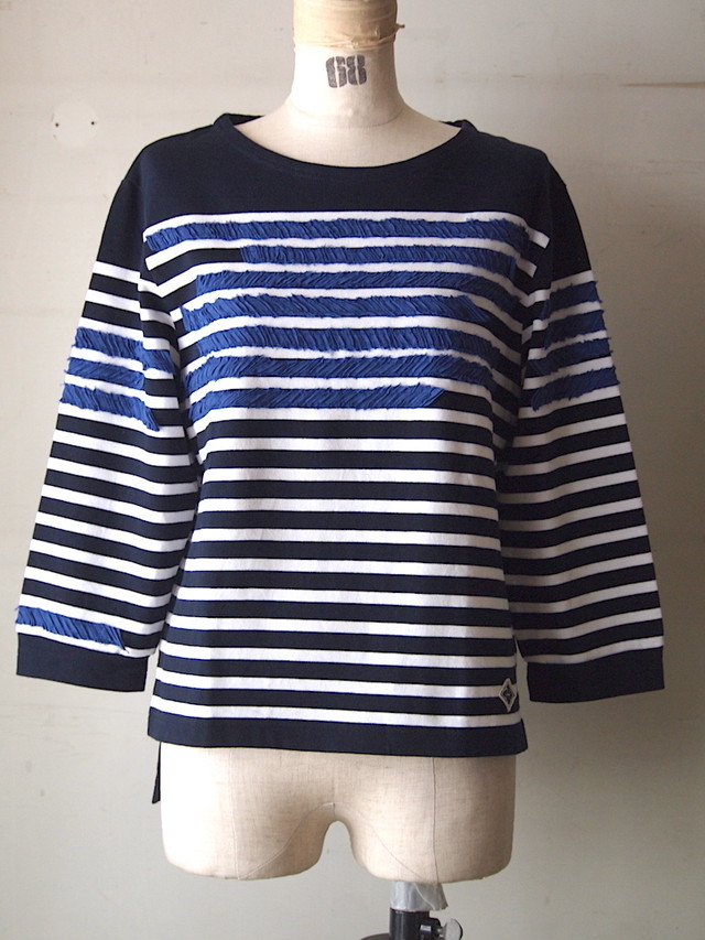 pleats patch border long T-shirt