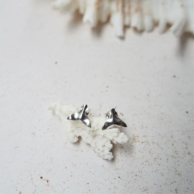Silver Whaletail Pierced Earring《SILVER925》18380194