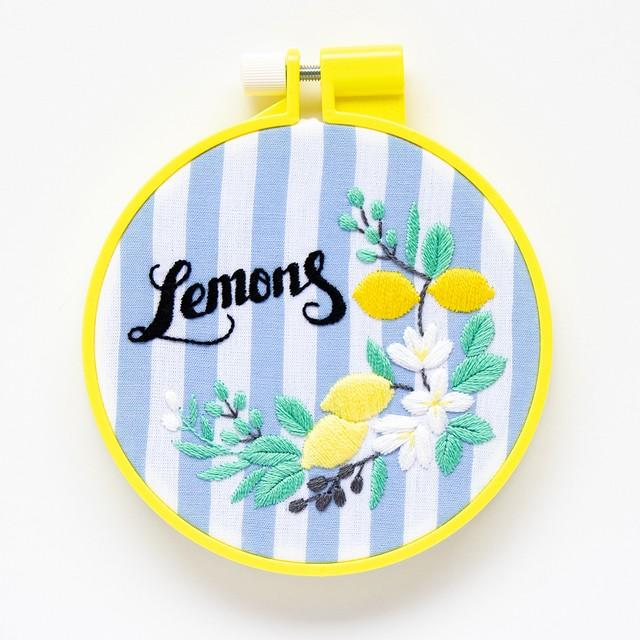 『レモンとオリーブ』刺繍キット