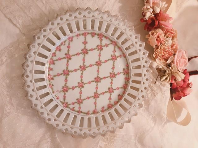 バラプリントが可愛いお皿 在庫4