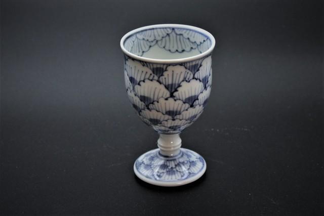 牡丹花弁紋高台杯