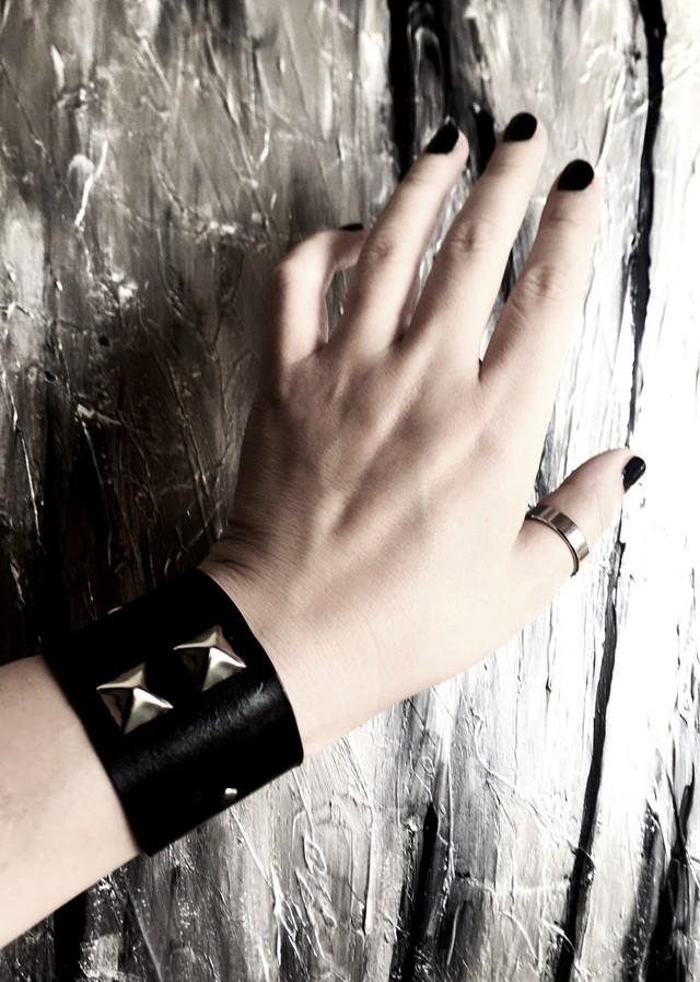 industrial bracelet from multiverse インダストリアルブレスレット マルチバースの守り