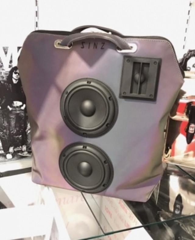"""スピーカー コンバーチブル バッグパック """"リフレクター"""" Speaker Convertible Backpack [sinz]"""