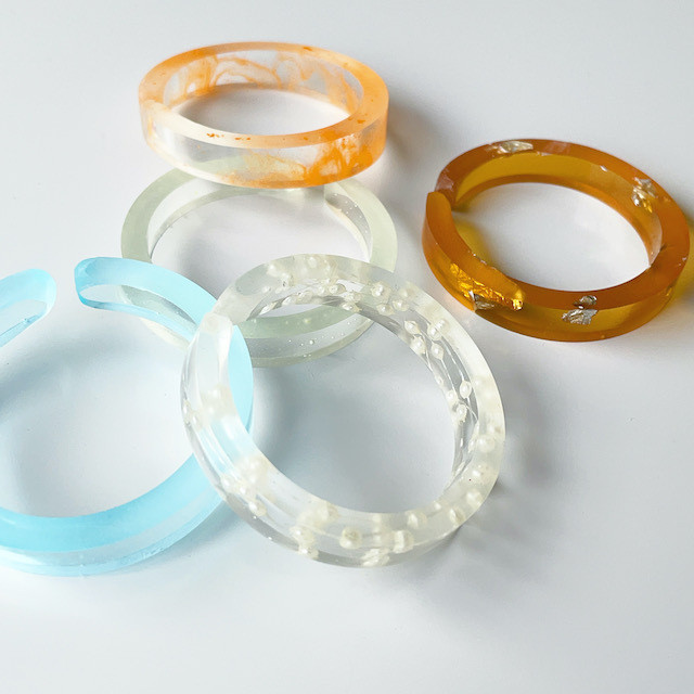 "N7enunana ""CHEWING GUM "" CUFF CIRCLE"