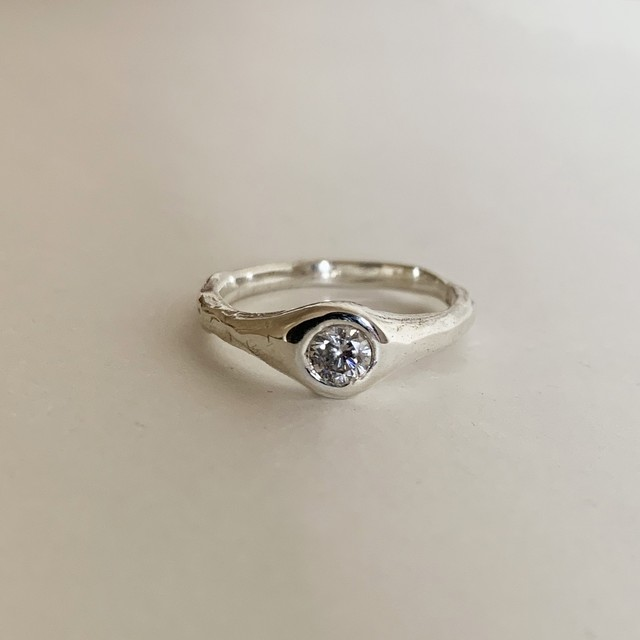 Canna ring with 4mm White CZ Silver