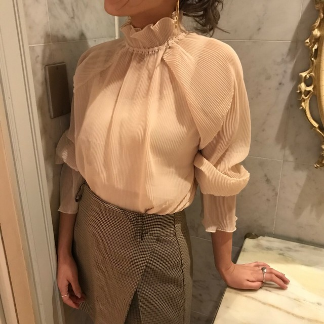 nude frill tops