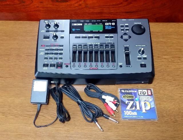 ZOOM Digital Recording Studio MRS-1044CD 録音・編集良好・完動品