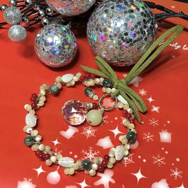 贅沢な天然石クリスマスリース☆畜光石が光る(お部屋サイズ)