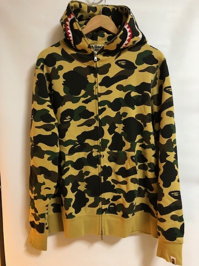 (USED COLLECTION ) A BATHING APE SHARK HOODIE  XLサイズ