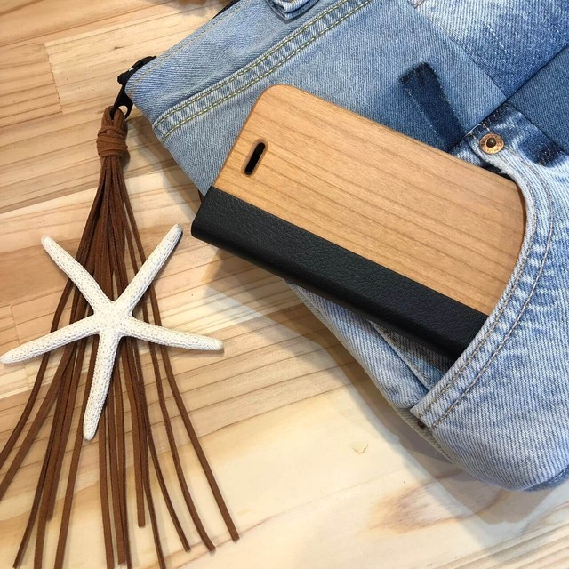 wood normal iPhoneケース
