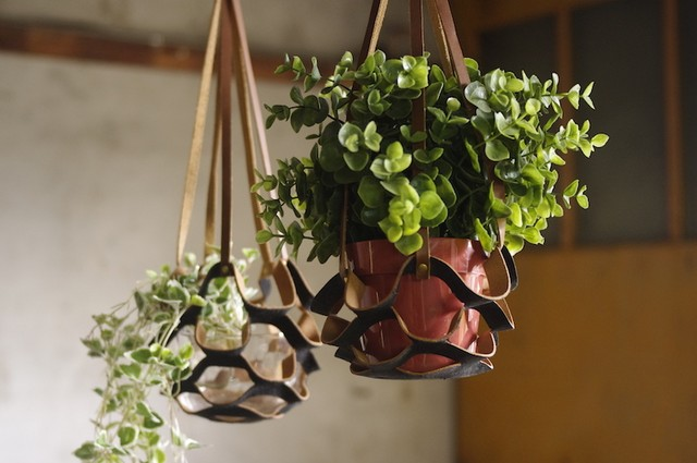 plant hanger small  (BLACK)