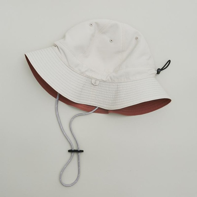 MOUN TEN.  reversible adventure hat (beige x tarracotta) [21S-MA20-0946] MOUNTEN.※1点までメール便OK