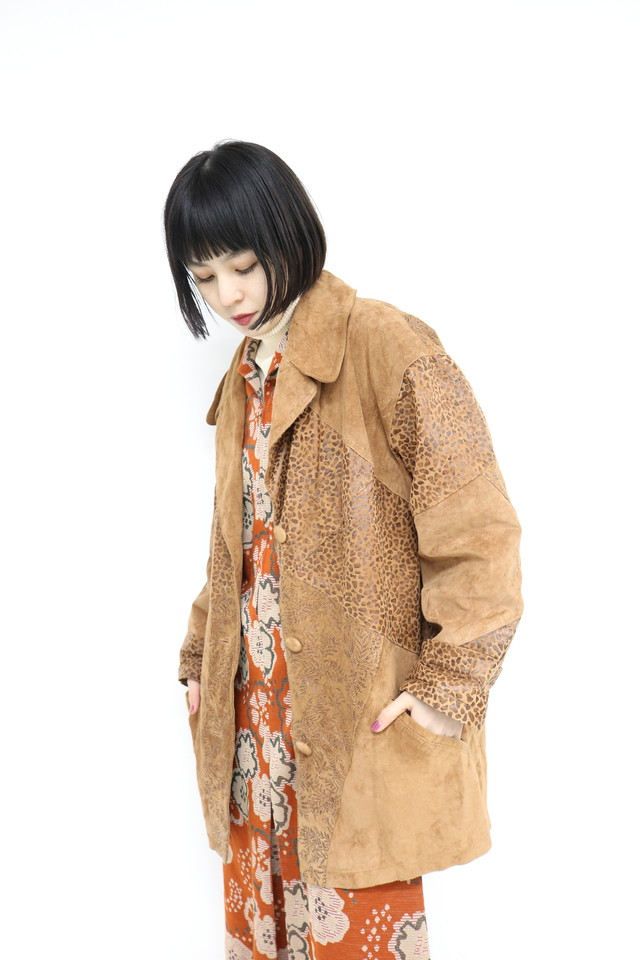 LEO pattern switching leather coat / 1AWOU13-06