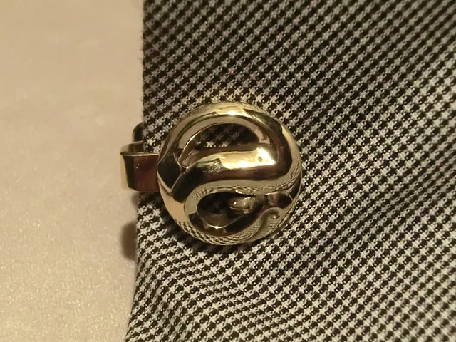 12 BALL TIE TACK