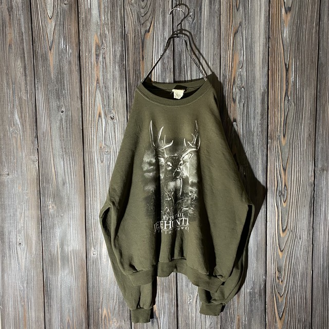 [used]deer print moss green sweat