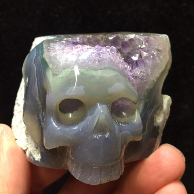 4) ドクロ水晶クラスター