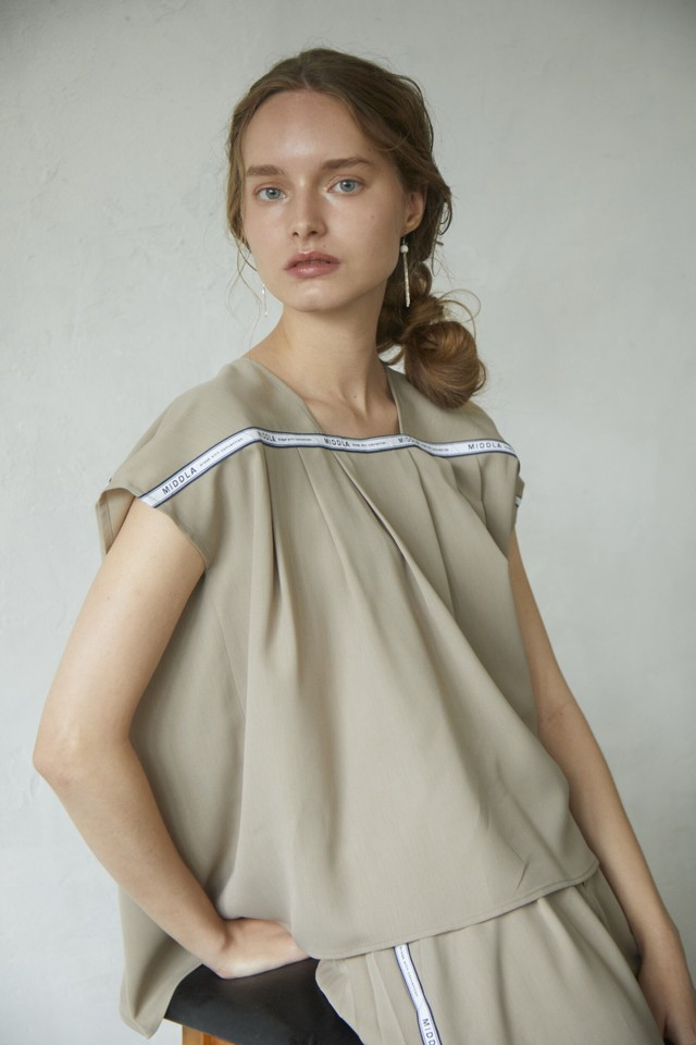 【2021SS先行受注アイテム】RELAX TWILL FRENCH SLEEVE BLOUSE
