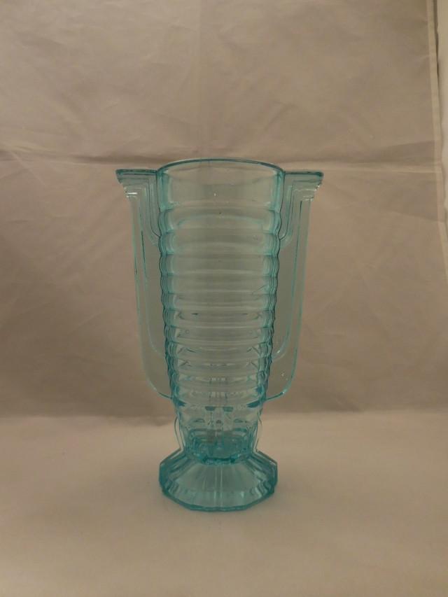 ブルーアールデコ花器Blue color glass vase (made in Japan)