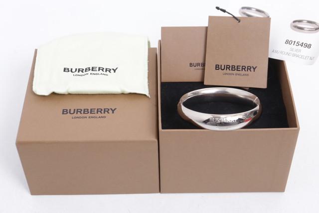 BURBERRY SILVER ROUND BRACELET 70JH8300
