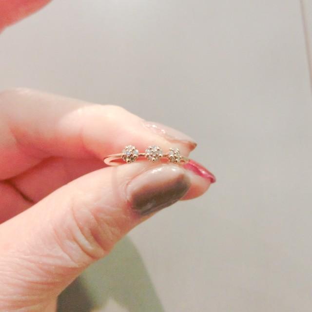 3個のダイヤモンドモティーフリング K18ピンクゴールド