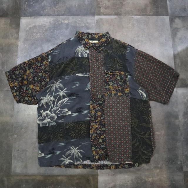 Flower panel design silk shirt