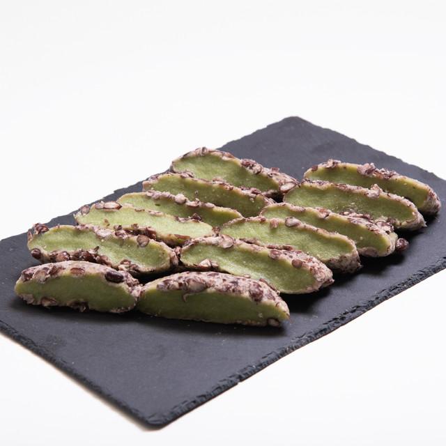 昔ながらの韓国伝統よもぎ・小豆餅【1本】