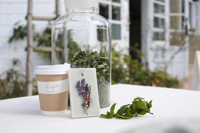 HERBAL BOX ( tea & sachet )