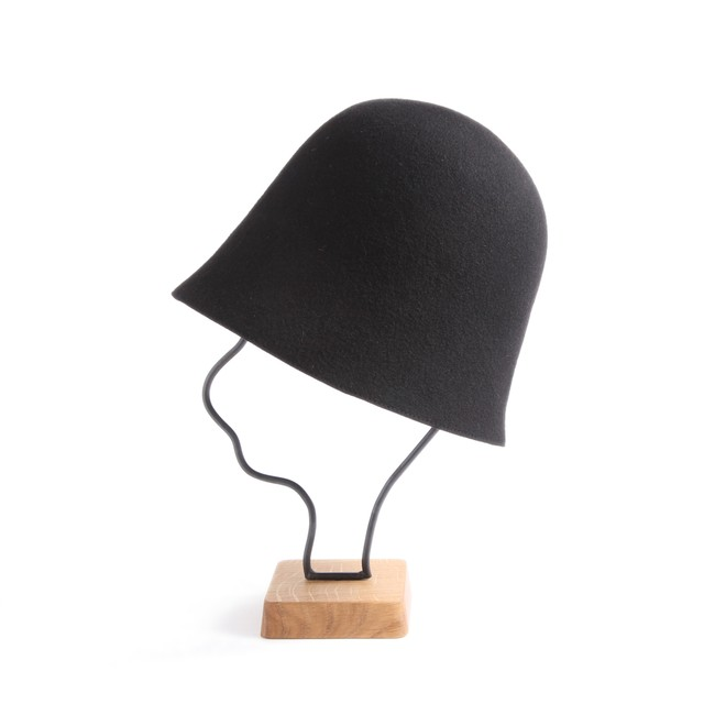 mature ha./free hat back stitch black