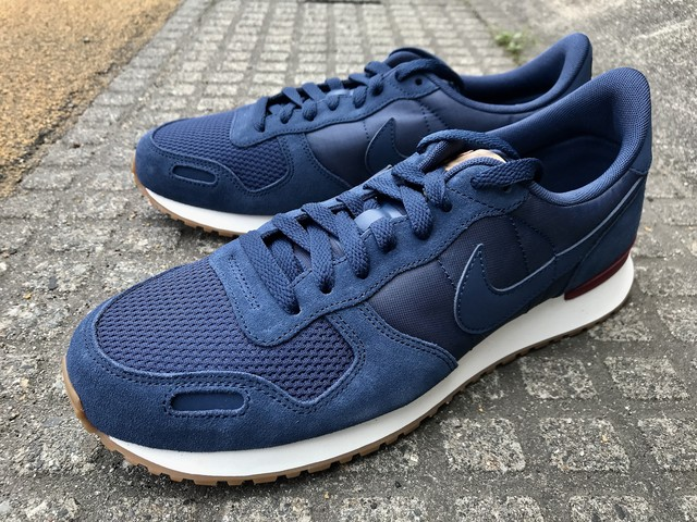 NIKE AIR VORTEX (NAVY/NAVY-TEAM RED-SAIL)