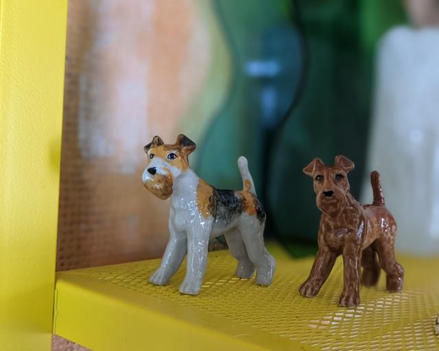 【ミニチュア陶器】 Wire Fox Terrier