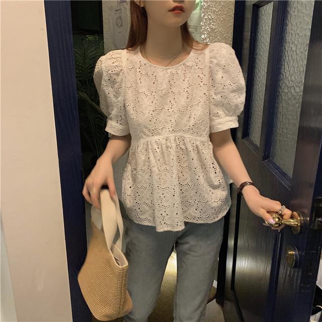 ブラウス パフ袖 半袖 韓国ファッション レディース トップス 透け感 ゆったり ラウンドネック カットソー 大人可愛い ガーリー / French puff sleeve blouse loose cute baby shirt (DTC-623785023447)