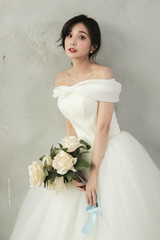ウェディング ドレス  挙式 結婚式 2次会 フォトウェディング 披露宴 花嫁   2次会 愛知 名古屋 K52999