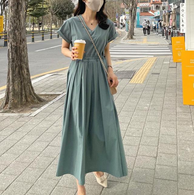 【ワンピース】Vネックファッション着やせロングワンピース47887517