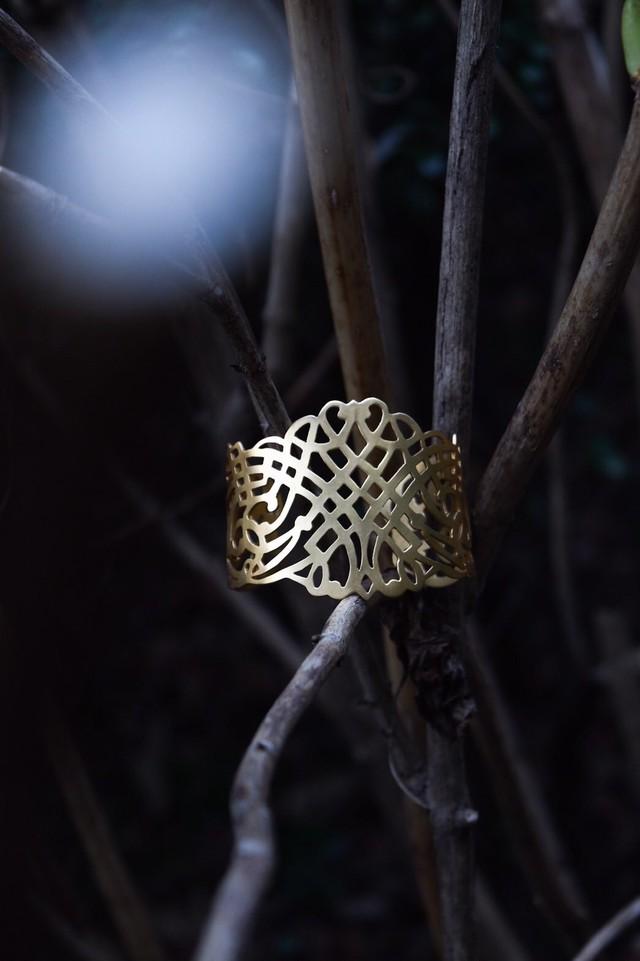 Arabesque Design Bangle - Lattice アラベスクバングル - ラティス(ゴールド)