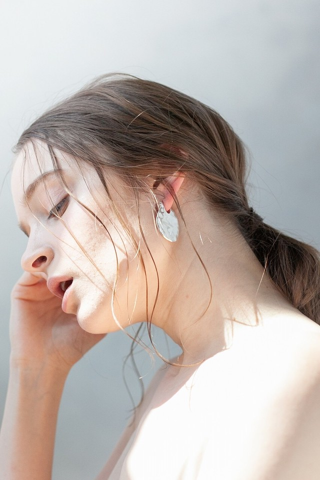 glass hoop pierce
