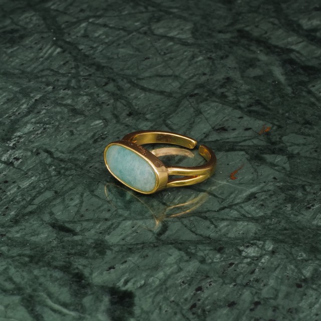 OVAL STONE RING GOLD 007