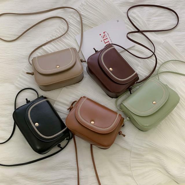 【即納】【送料無料】 レトロカバン♡ ミニサイズ ショルダーバック 斜めかけ 鞄 可愛い シンプル