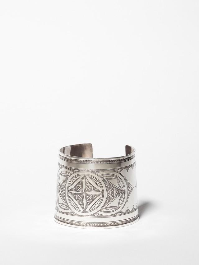 Carved Wide Bangle / Tuareg