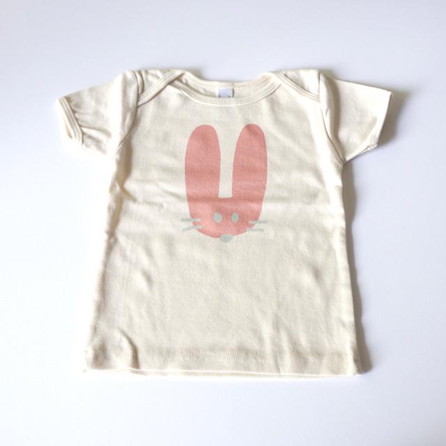 うさぎ ベビーTシャツ (12~18カ月)