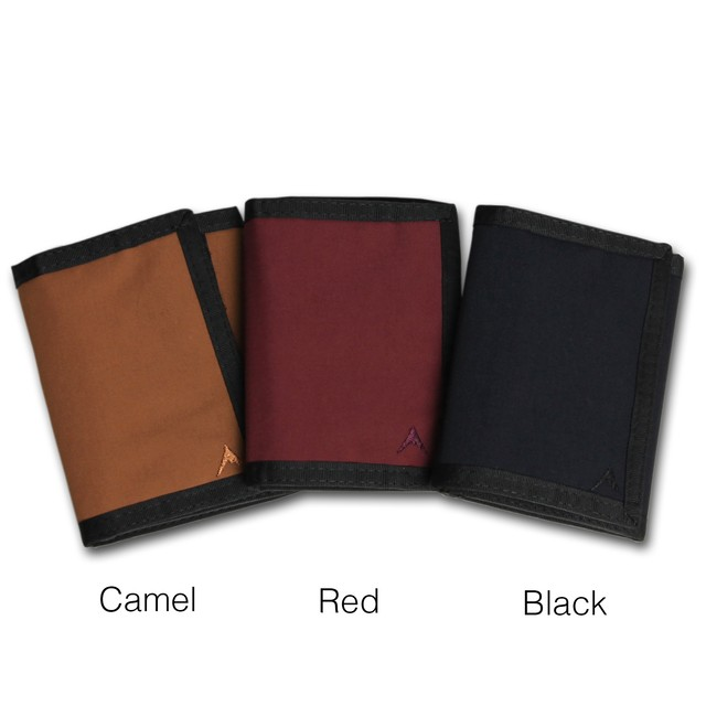 『mule』switch back Nylon model outdoor wallet