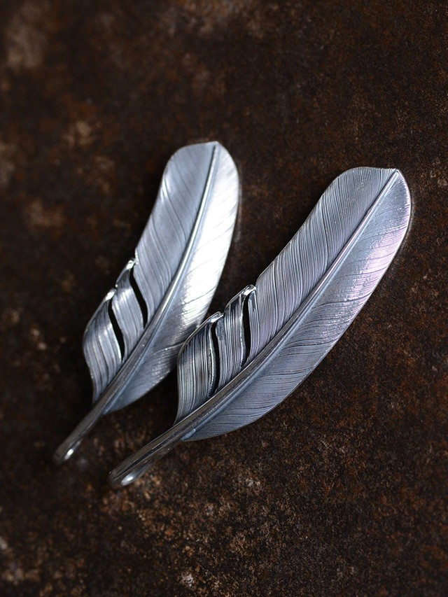Feather Pendant Top ( Size: M ) / Americana Arts