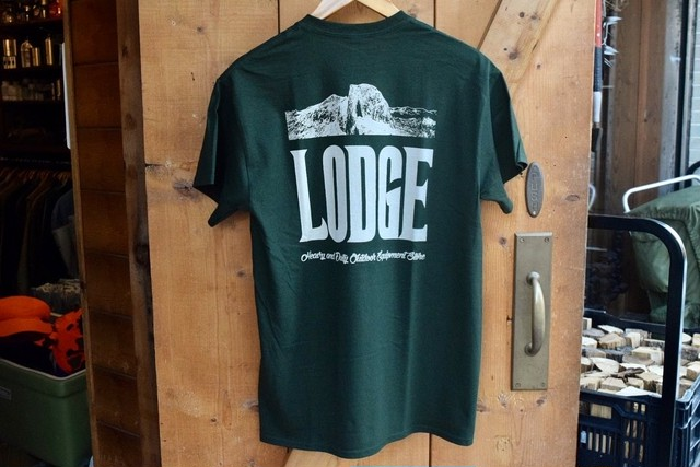 新品 LODGE Pocket T-Shirt -Forest Green