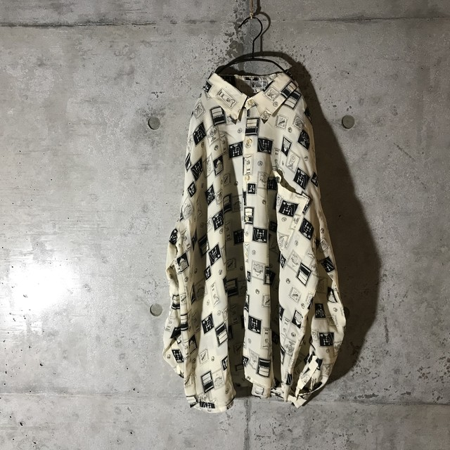 [used]a lot of pictures shirt