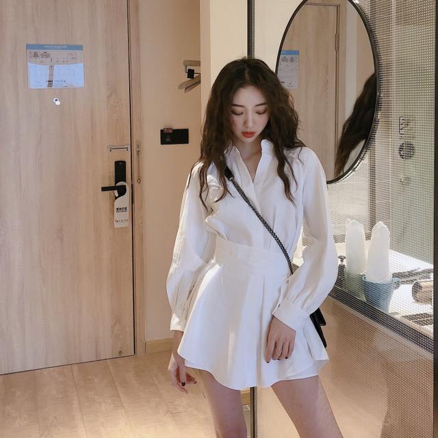 2020SS ウエストマークホワイトシャツ+ショートパンツ
