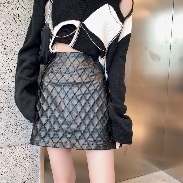 diagonal check skirt