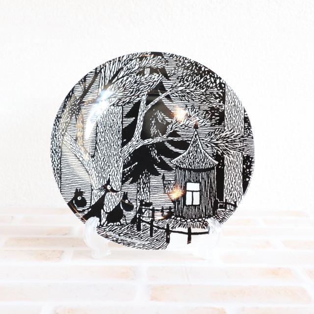 【ムーミン・北欧】メラミンデザートプレート  木のコテージ モノクロ