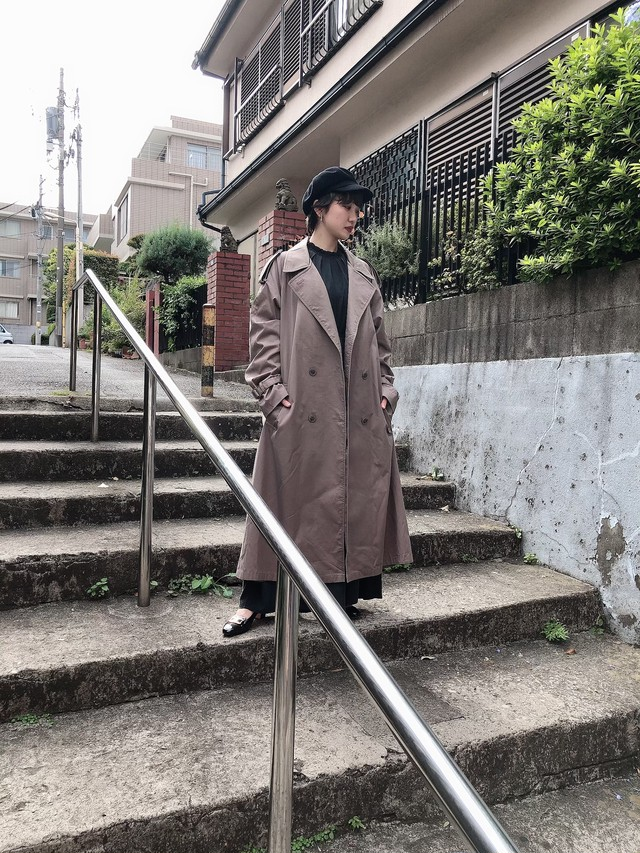 vintage trench coat (greige)