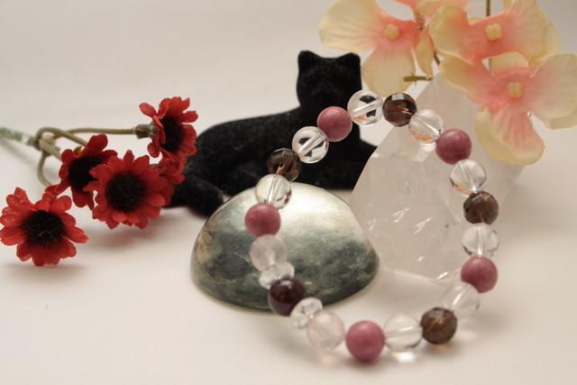 【癒やし】【恋愛運】ロードナイトのブレス|金運、恋愛運アップのおしゃれなパワーストーンブレスレットふぃーりんぐ  Cat