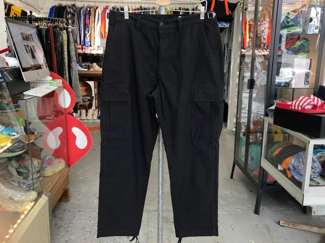 UNDEFEATED JAPAN LIMITED CARGO PANTS XL BLACK JP20005 17042