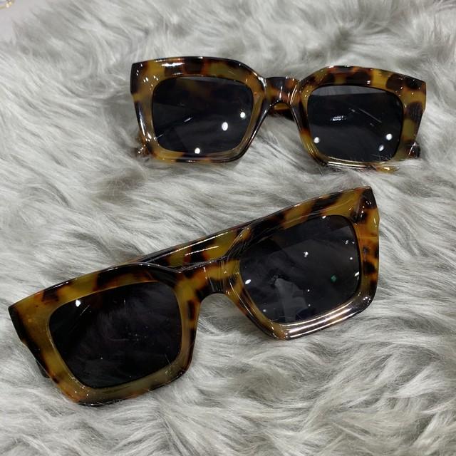 【Cat & Parfum】Square Sun Glasses